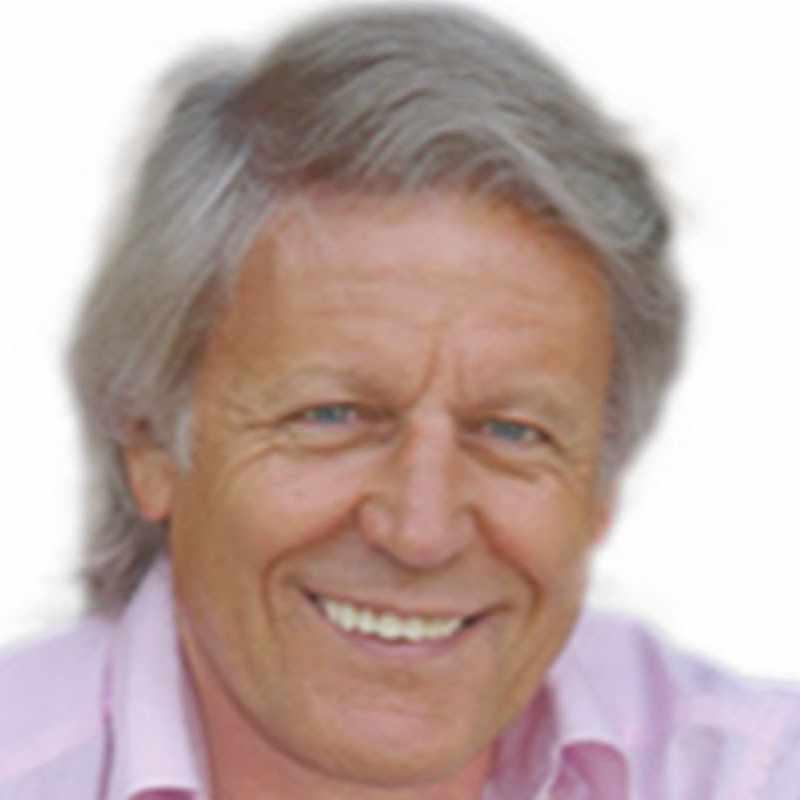 Speaker - Axel Burkhart